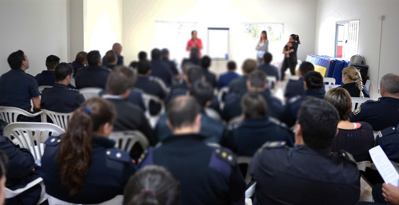 Capacitación para Policías sobre Violencia de Género